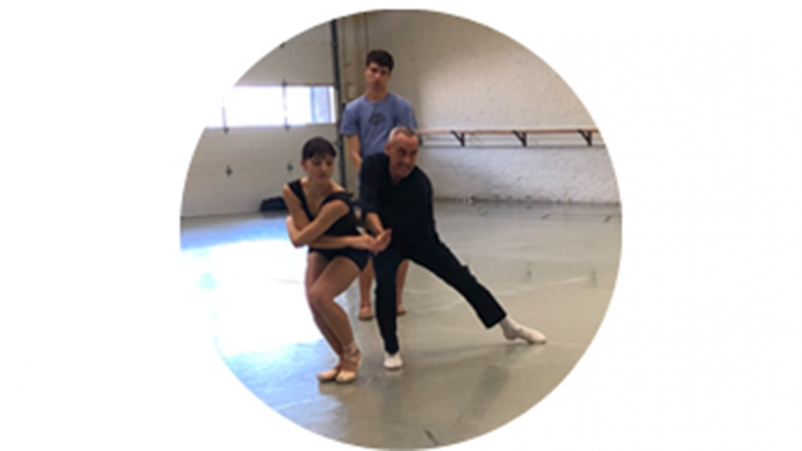Paul Boos, © THE George Balanchine Trust Répétiteur, coaching BalletMet 2 dancers Catherine Stoehr and Rorey Fraser in September 2019